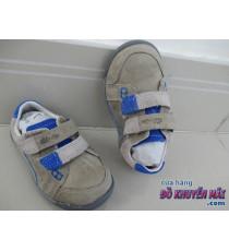 Giày hiệu cho bé Clarks mẫu dán