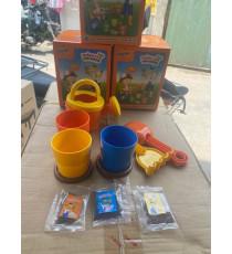 Bộ đồ chơi trồng cây cho bé Grow